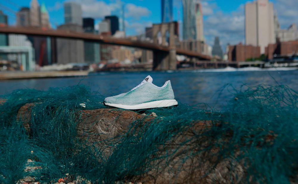 at Schuh RecyclingAdidas aus Meeresmülltrend entwirft pSUMVqz