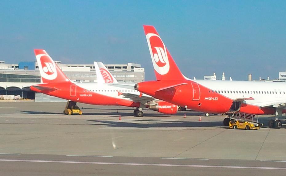 FlyNiki mit Business Class, Air Berlin und Condor ohne Gratis ...