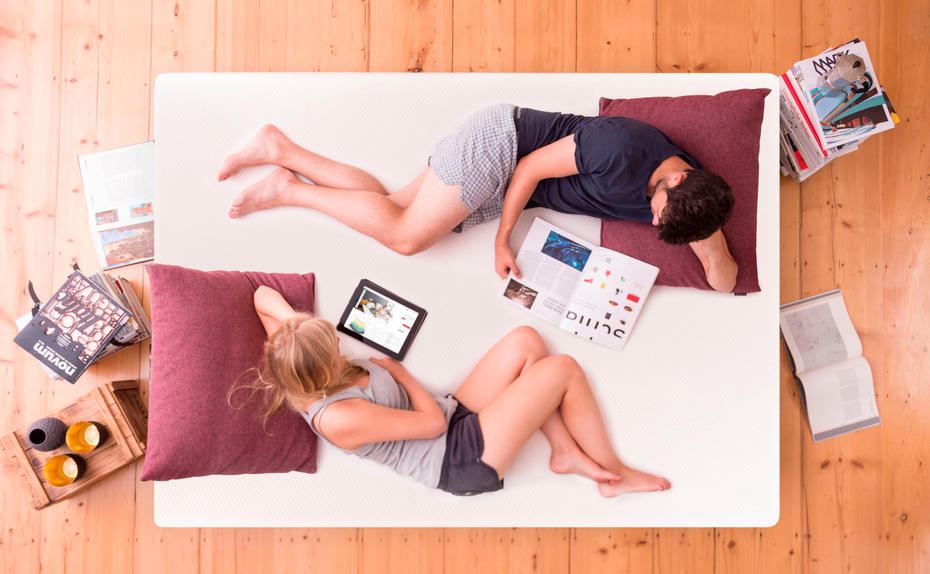 der richtige h rtegrad mit one fits all matratze emma kein problem me. Black Bedroom Furniture Sets. Home Design Ideas